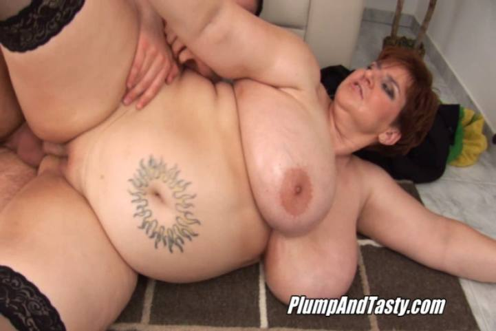 Asian mature squirt