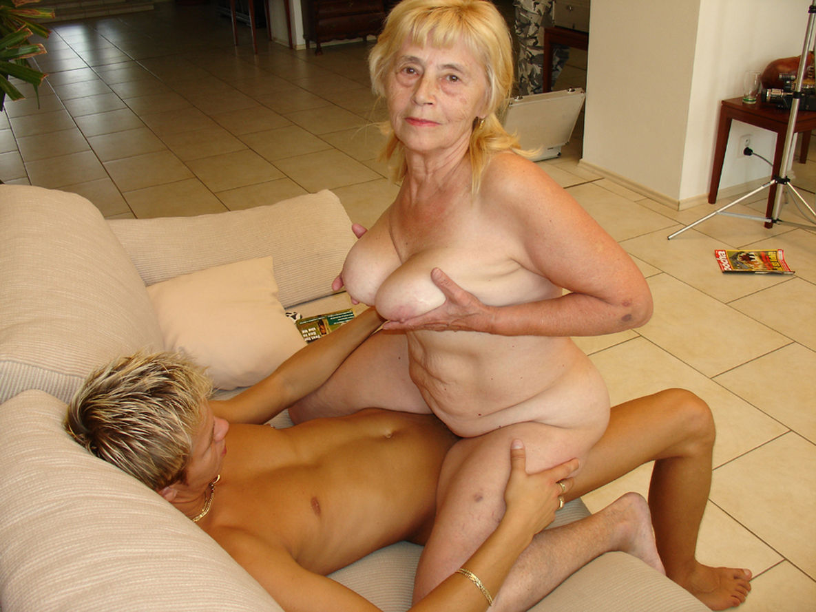 Секс с самая старая женщиной