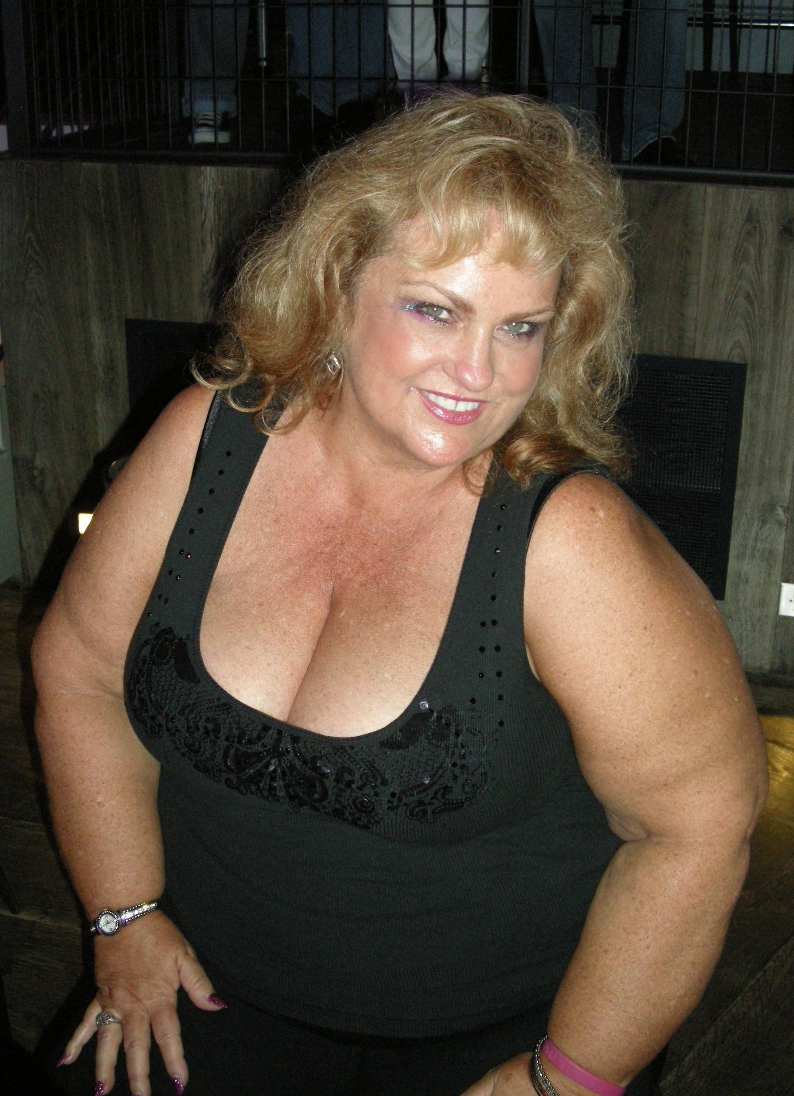 mature sexy incall escort girls