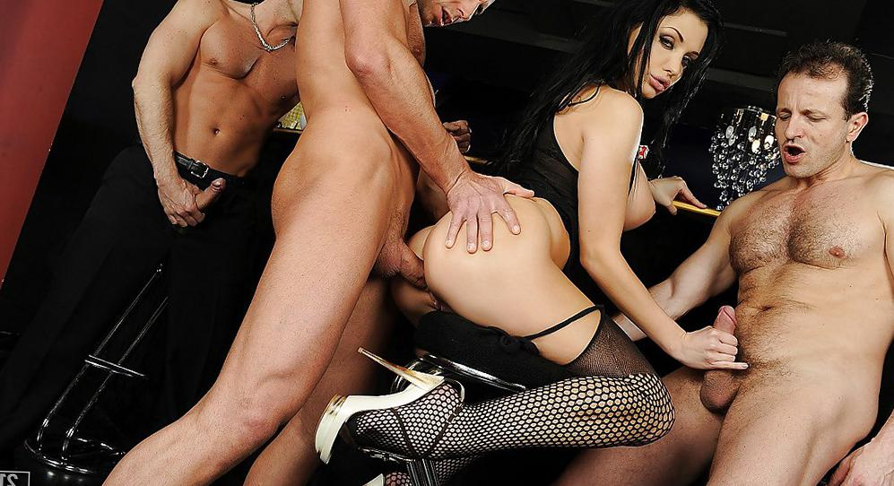 amature gang bang blog