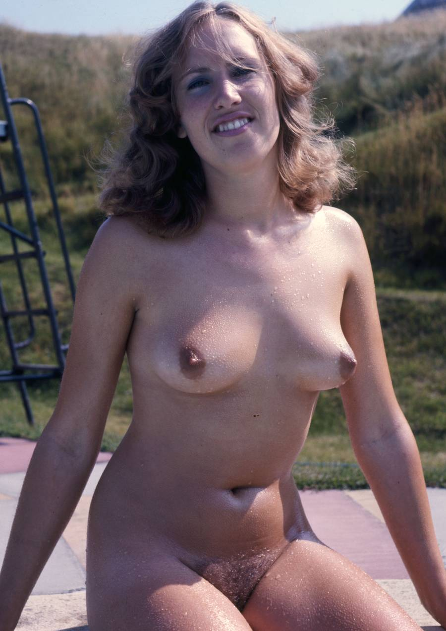 nipples mature perky