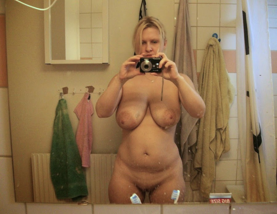 chubby women in mirror nude