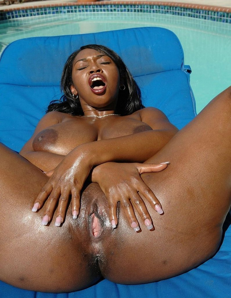 JILLIAN: Black african bbw girl hot nude pics