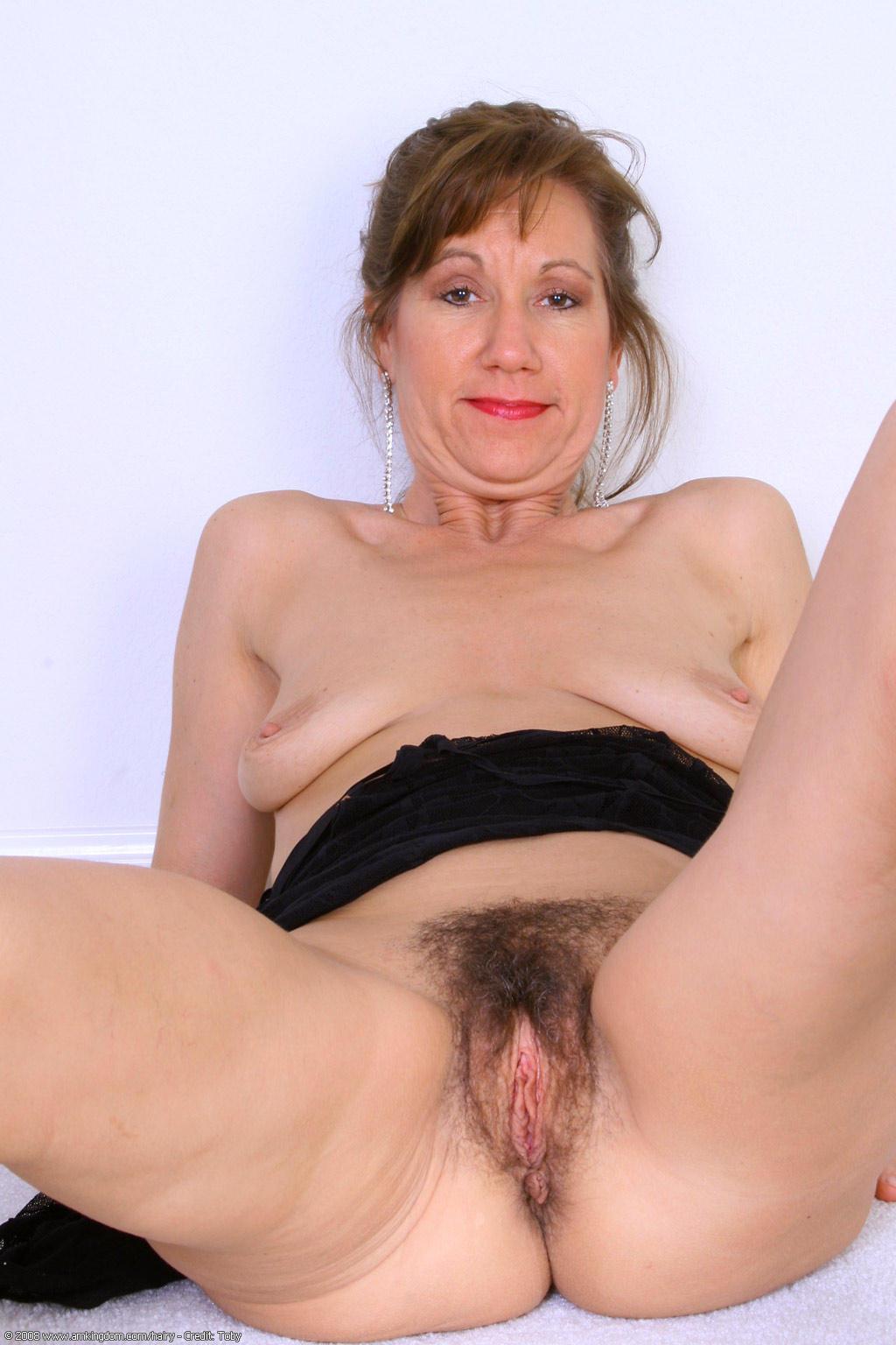Hairy mature granny