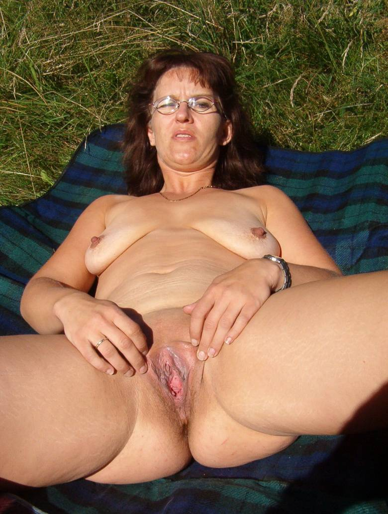 Free milf anal pictures