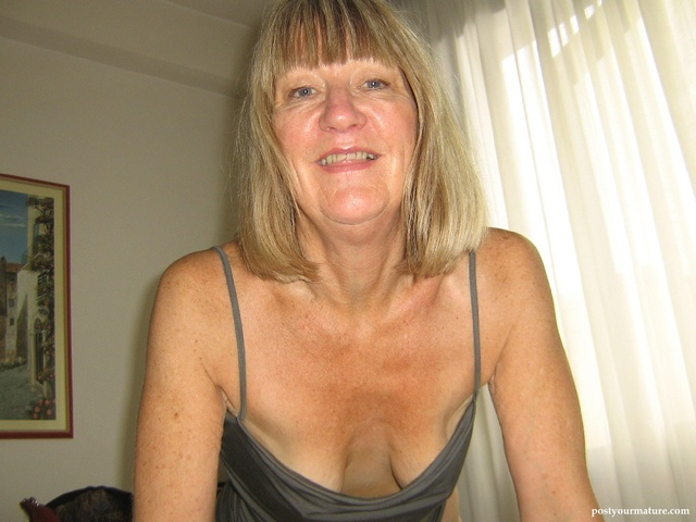 50 mature porn pics mature albums userpics displayimage cleavage