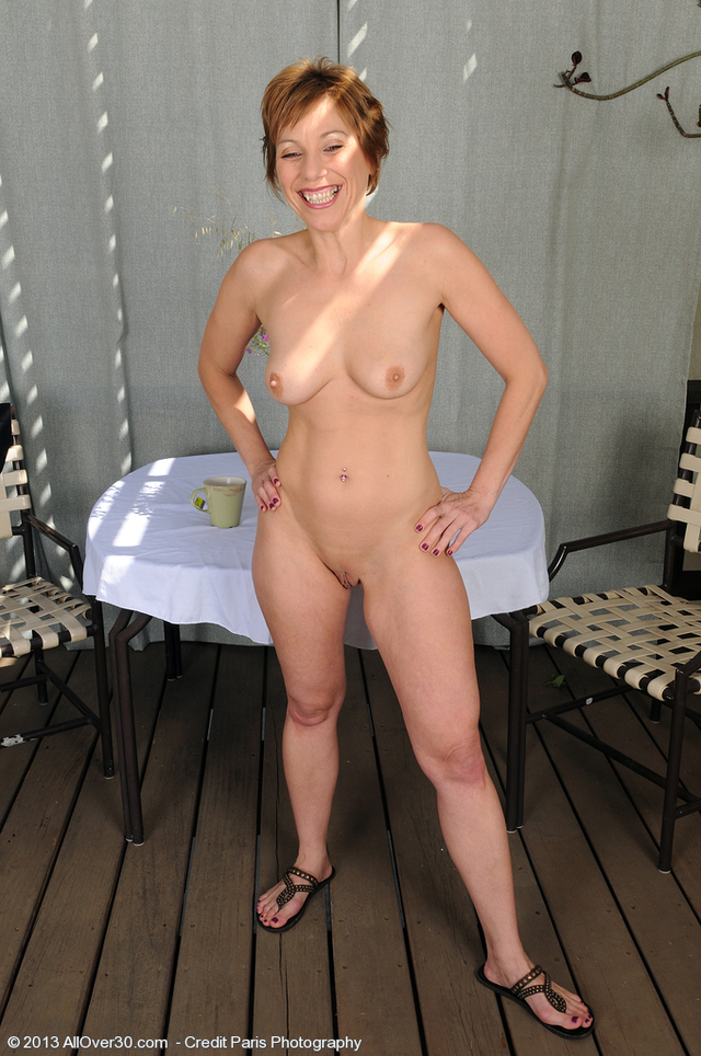 all mature gallery mature pussy porn shaven milf over all off shows redheaded