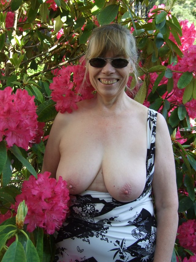 amateur fetish mature milf porn mature porn pictures video galleries beach fetish nylon weight cow runtime