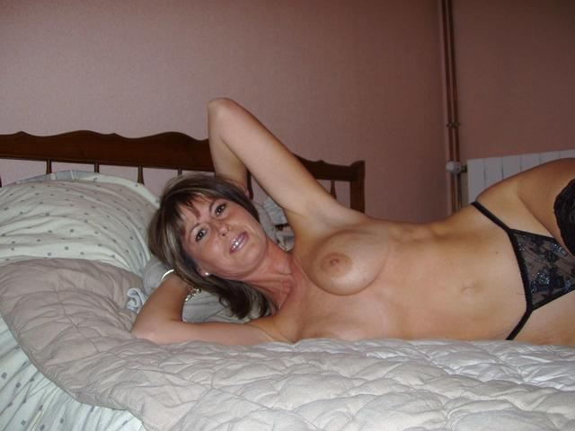 Can suggest real mature old nudist