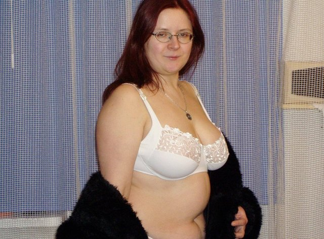 bbw fat mom sex nude galleries girl fat plumper lingerie chesty
