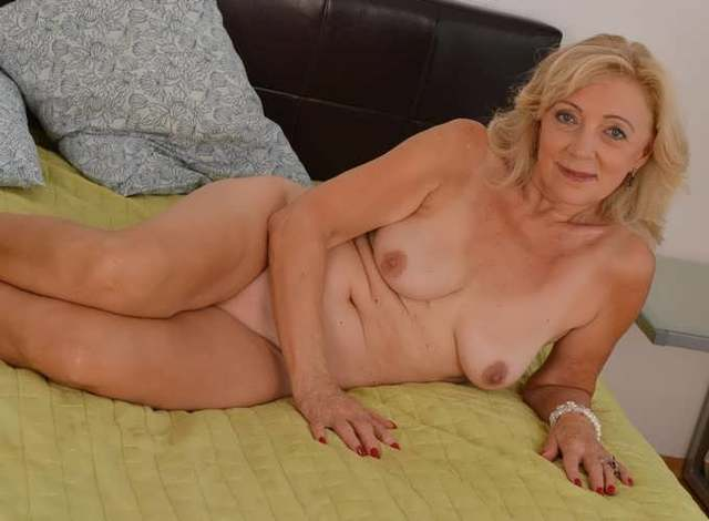 big large naked older porn woman older woman cunt grannies