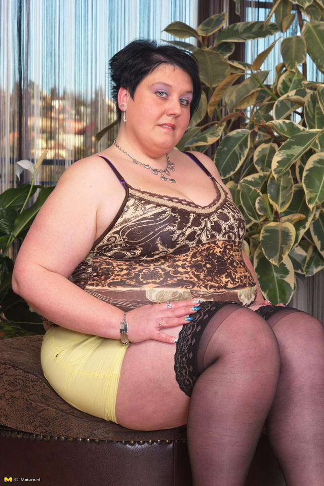 big mama mature porn galleries about mama naughty teasing rty