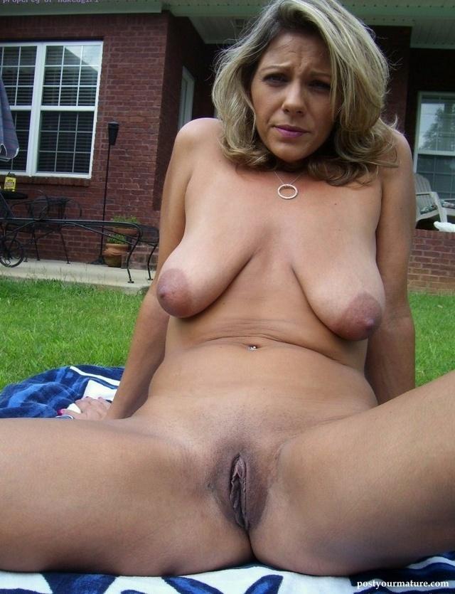 Sexy big boobes