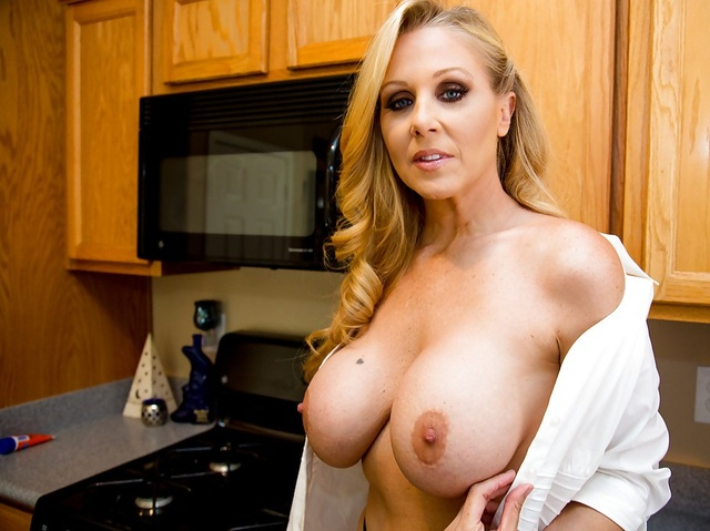 big naked mothers mom blonde boobs sexy want