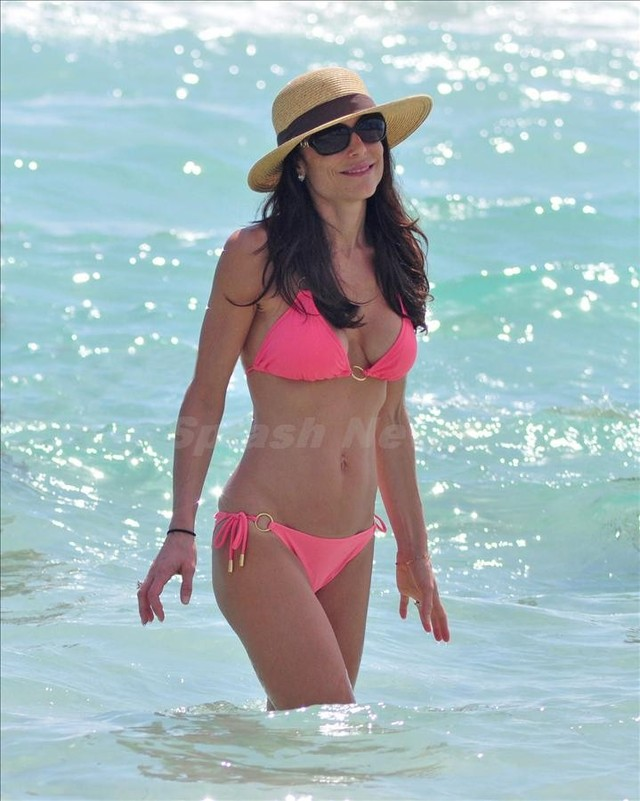 bikini moms photos hot bikini moms spl
