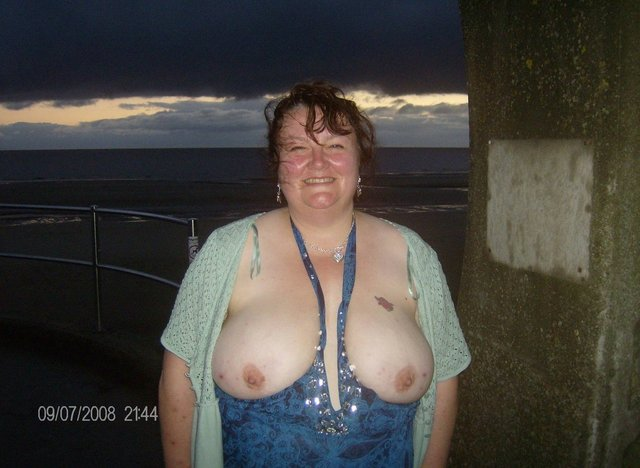 bitch fat in old porn lady nude galleries old young sluts fat fatty fatties