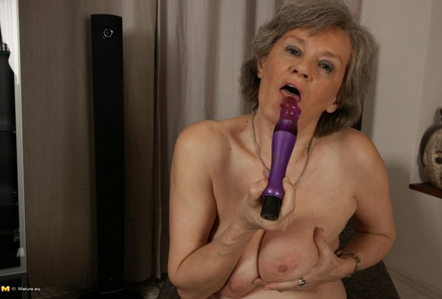 black granny mature porn porn mom milf erotica son looking