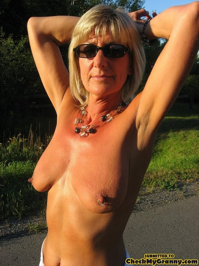 black mature granny porn mature galleries blonde housewife tight checkmygranny