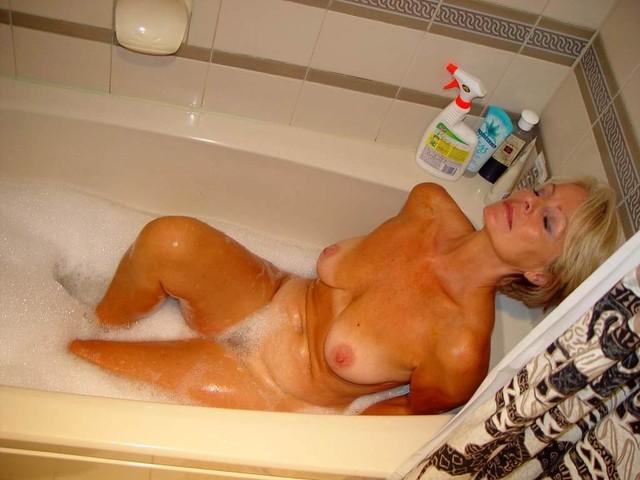 Apologise, but, Mature old bath porn idea