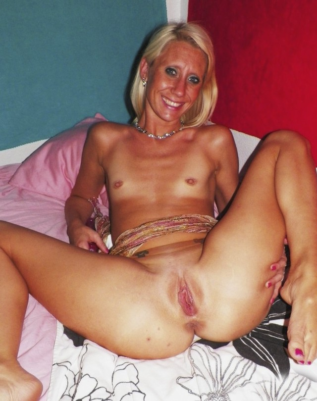 blonde mature porn mature blonde sexy tiny shows titties