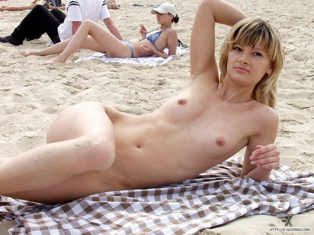 bravo milf milf blonde large beach public nudist river officer hbg