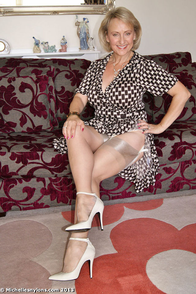 busty mature images tease stocking ready tops michellesnylons