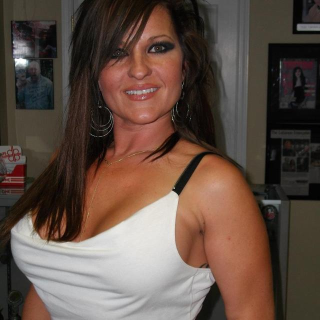 busty mature milf galleries page