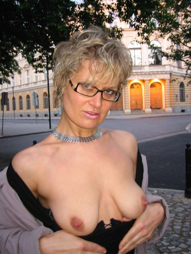 busty mature porn galleries amateur mature pics photos hot gorgeous hun divas