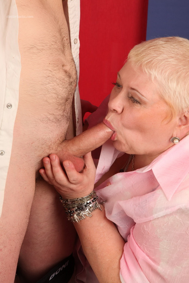 chubby mature porn photos mature anal hardcore real chubby babe gives loving some hunk applies