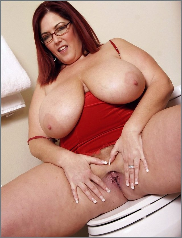 chubby mature porn mature pussy bbw galleries slut fat kitchen redhead