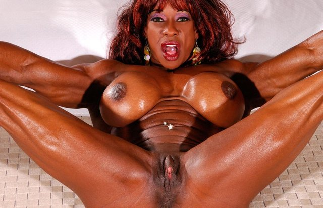 black mature moms free sex clips