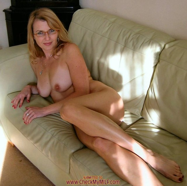 Trish stratus one nude pic