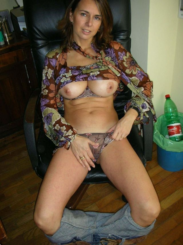 erotic moms pictures