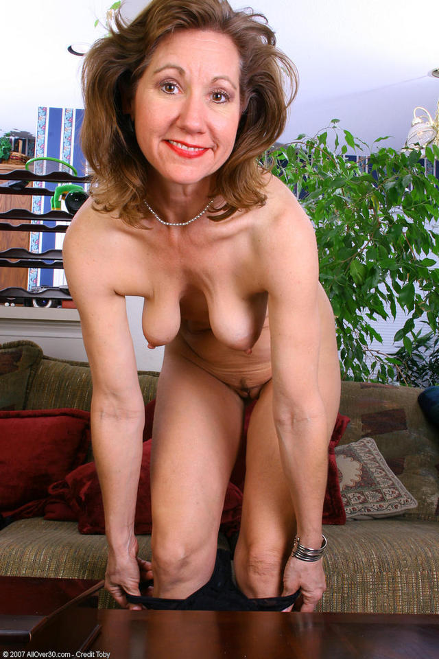 exclusive milf gallery lynn pict pictlyn