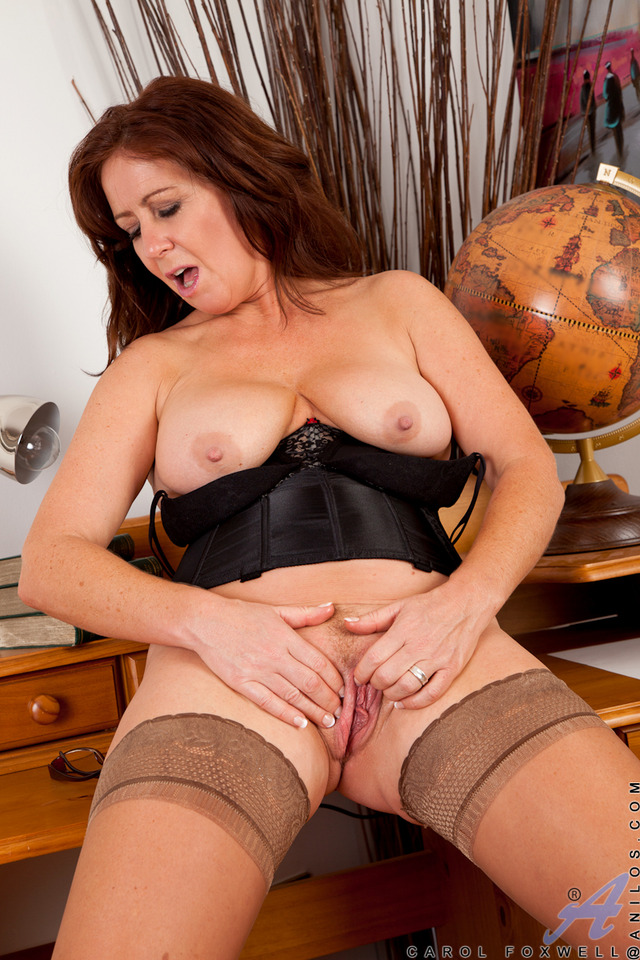exclusive milf gallery pictures milf cock redhead anilos teases general