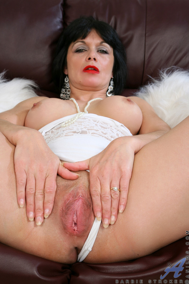 exclusive milf gallery pictures milf anilos steamy general barbie stroker spr