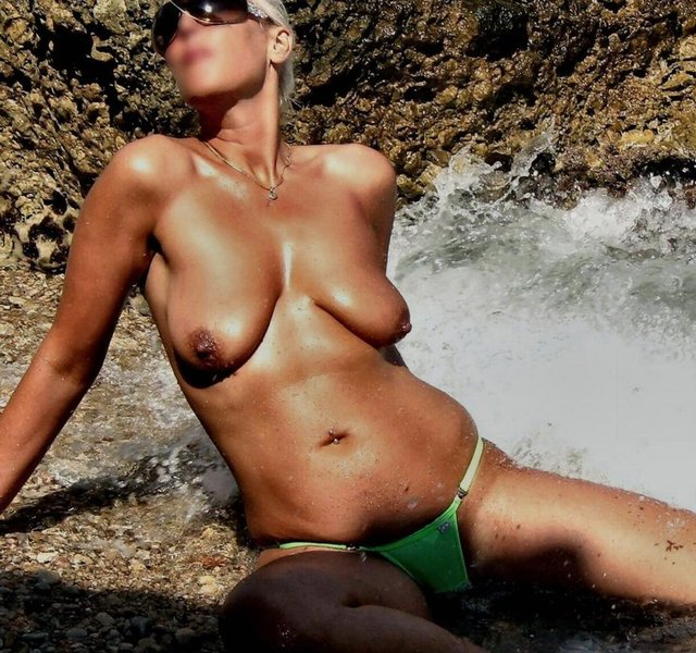 exclusive milf gallery mature pictures naked galleries old young page gallery fat retro moms nudist studs nudism