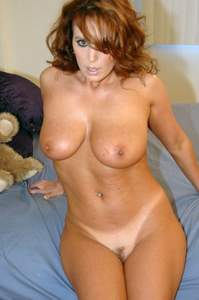 exclusive milf pictures milf over milfs horny this exclusive dating million waiting