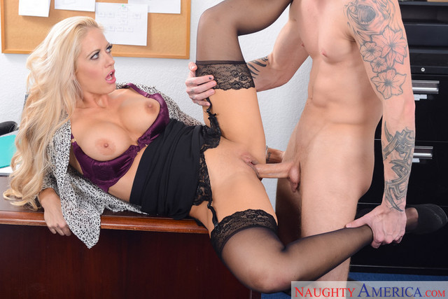 fantasy mature office porn upload scene source holly datana heart hollyrichie hollyrichiehor