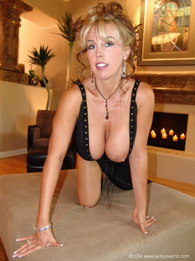 free gallery mature milf porn porn pics free tgp milf gallery more see wifeysworld worls