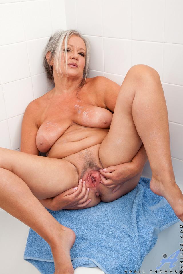 Порно фото пожилых соло