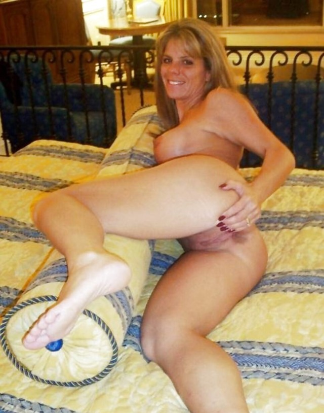 free mature milf porn mature pussy free wife live webcams milfporn hotmilfs