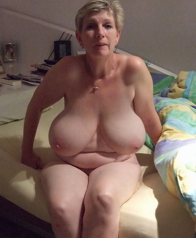 gallery mature plump porn mature porn pics media chubby