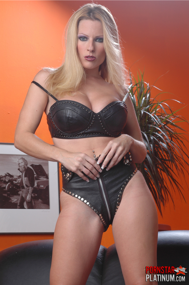 goldie porn star pictures pics black upload set solo bra leather goldie