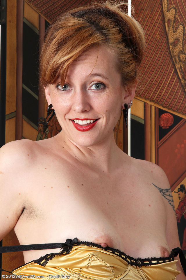 gorgeous milf pictures pussy porn hairy milf spreading over hot all redheaded
