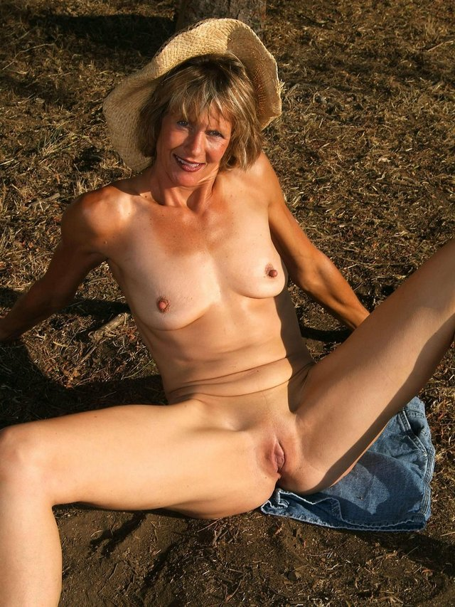 granny asshole galleries mature xxx galleries ass tgp over granny amateurs natural brown matures public jpussy devils nudism
