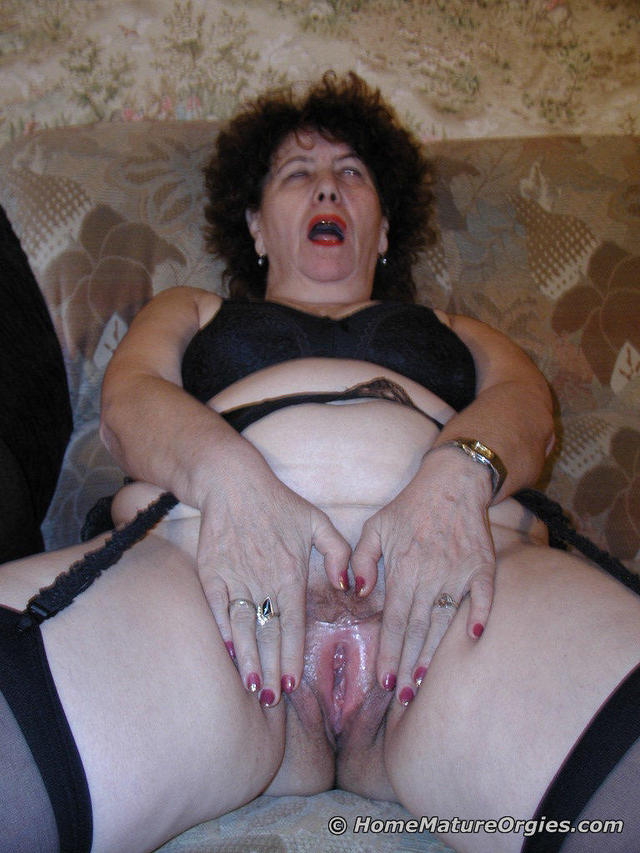 granny asshole photos porn bbw russian photo granny chubby asshole play couch klaudia