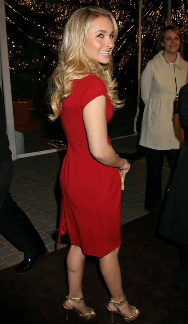 granny nude sexy red dress hayden panettiere