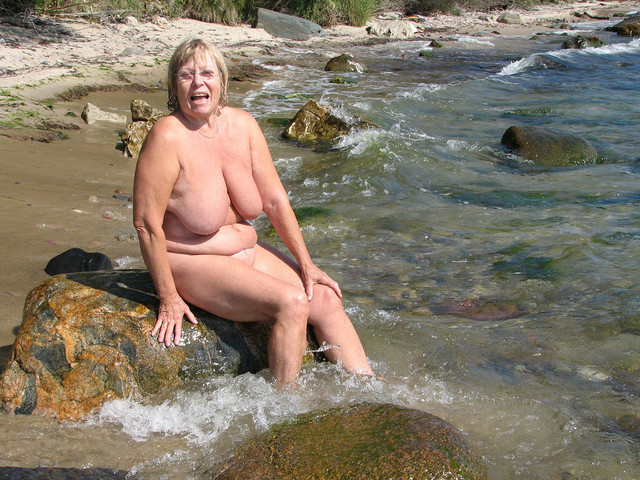 granny nudist photo mature porn pictures granny nudist