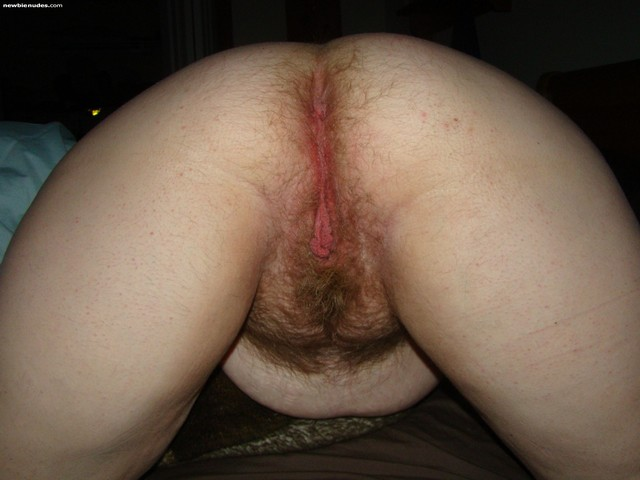 hairy mature porn mature porn women hairy photo from behind